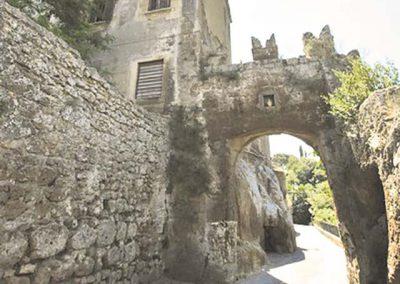 Civitella Cesi, la porta d'ingresso