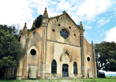 borgo-farnesiana-chiesa-allumiere