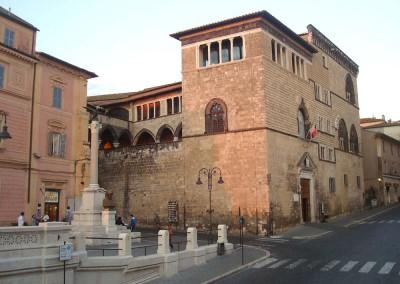 Palazzo_Vitelleschi_Museo_archeologico_nazionale_-_Tarquinia