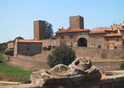 Tuscania, borgo