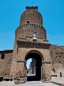 Barbarano Romano, city gate