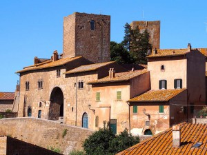 Tuscania, old town